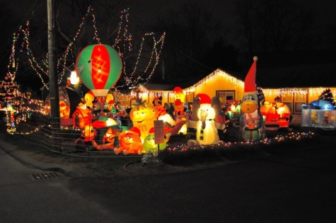 Wayland goes all-out with holiday decorations (31 Photos)
