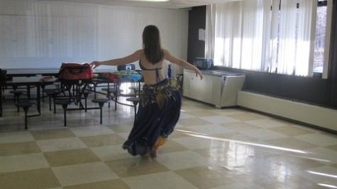 Winter Week: Belly dancing lessons (38 Photos)