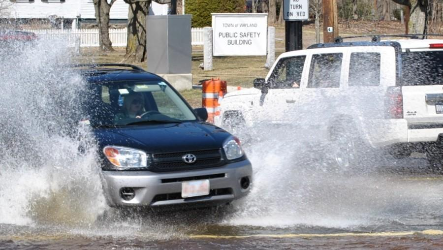 UPDATED: Flooded roads continue to cause traffic (47 Photos)
