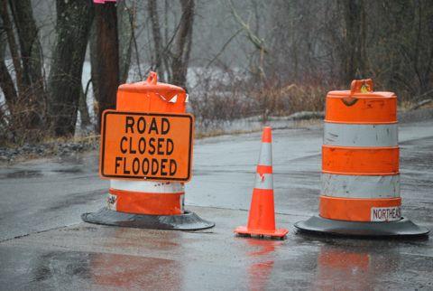UPDATE: Voluntary evacuation of Pelham Island Rd. (29 photos)