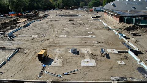Crews begin setting steel frame of new high school (25 Photos)