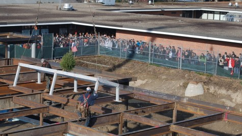 """UPDATED: Students gather to watch """"topping off"""" ceremony (20 photos)"""