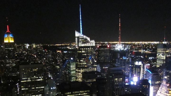 Chorus serenades New York City (32 Photos)