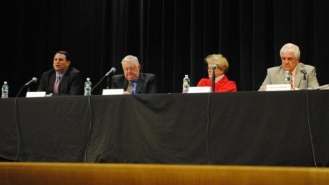 WSPN hosts debate for selectman candidates