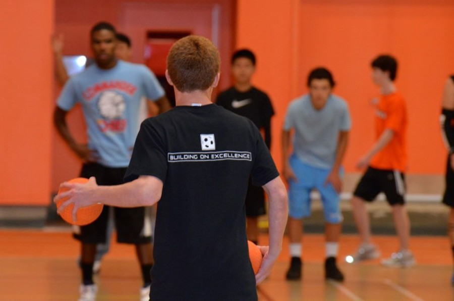 Students and faculty play in annual dodgeball tournament (30 photos)