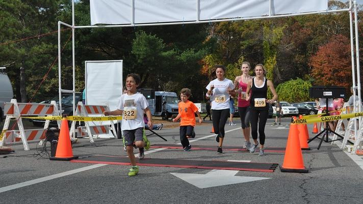 Wayland participates in second annual Pam's Run (34 photos)