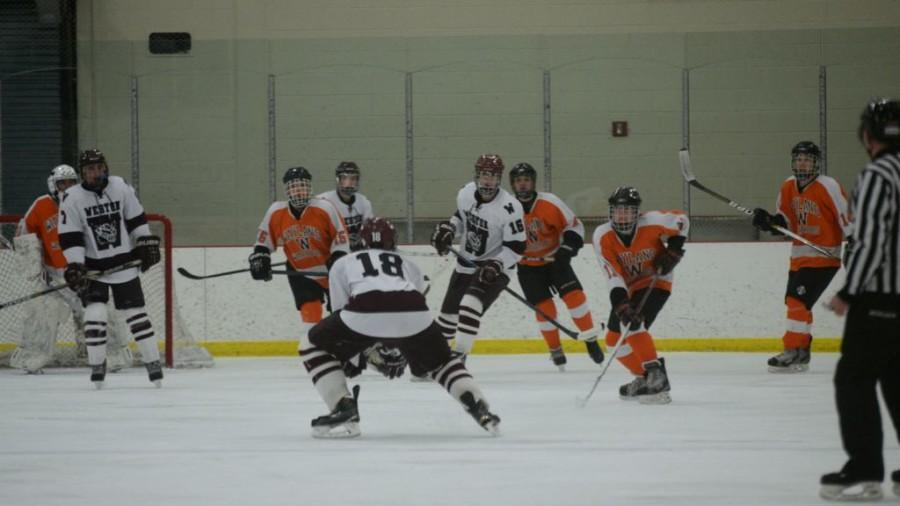 Boys%27+hockey+wins+against+Weston+%2816+photos%29
