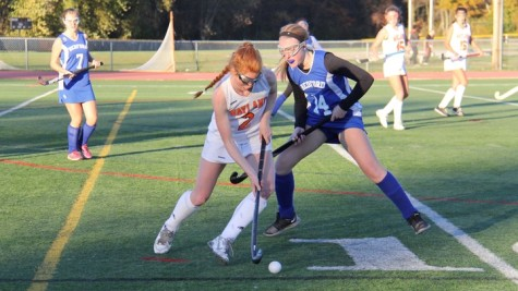 Varsity girls' field hockey team defeats Bedford (35 photos)