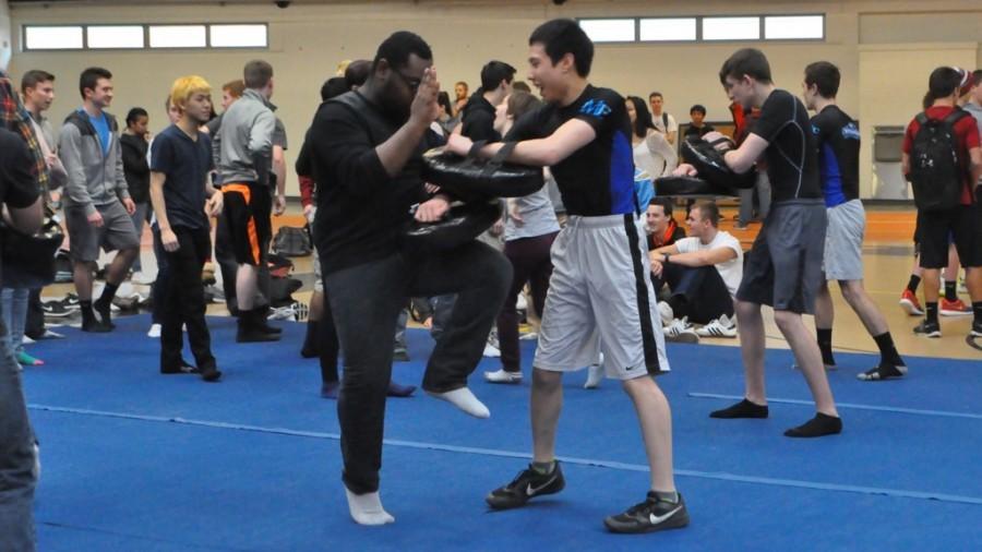 WW 16: Jason Mai self-defense seminar (21 photos)