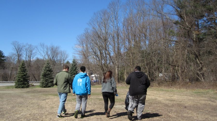 Students participate in annual Service Day (14 photos)