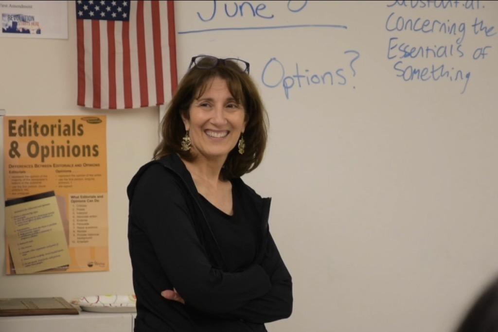 English teacher and journalism adviser Janet Karman retires (video)