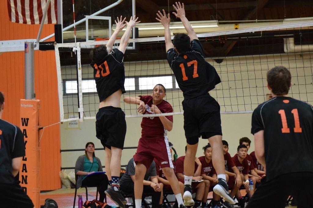 Boys volleyball defeats Lowell (34 photos)