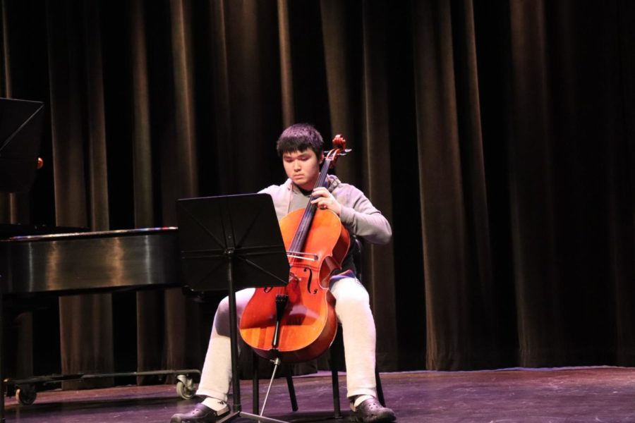 Xu, alongside his peer Zhu, astounds the student body with his technique playing the cello.