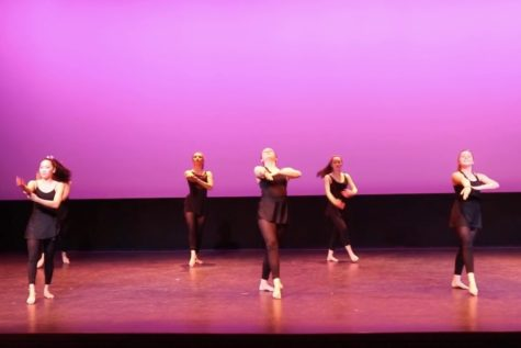 WW'18: Window Dance Ensemble performs (video)