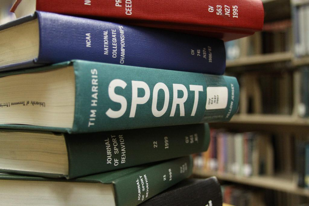 WSPN guest writer Emma Marton examines the differences between competition in academic clubs and sports.