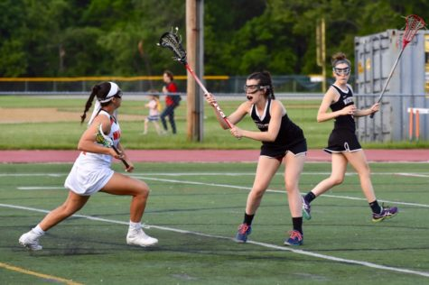 Girls' lacrosse defeats Watertown on senior night