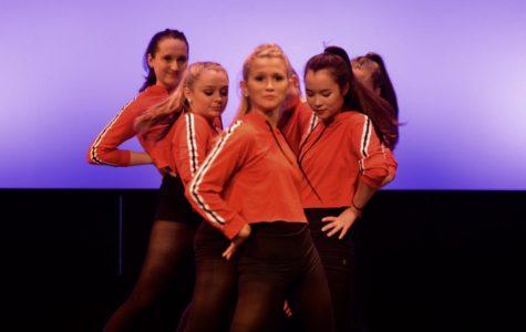 Window Dance Ensemble performs (video)