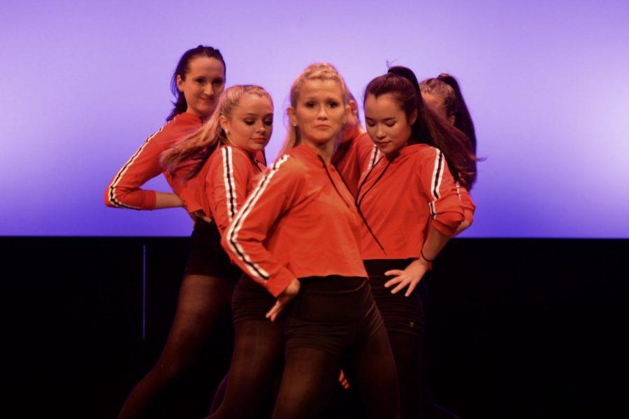 Junior+Lauren+Campbell+heads+the+group+of+dancers.+