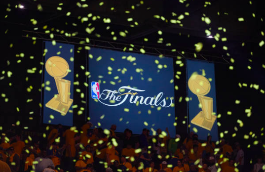 In the inaugural episode of Sports Junkies, WSPNs Charlie Moore, CJ Brown, and Kevin Wang discuss the 2018 NBA Finals, the possible rigging of the NBA, the Las Vegas Knights successes and the Boston Red Soxs season thus far.