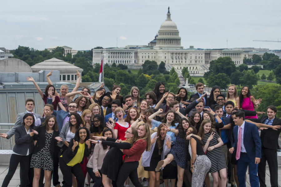 With+a+backdrop+of+the+United+States+Capitol+building%2C+the+free+spirits+celebrate+the+conference+on+its+last+day.