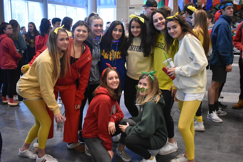 Juniors+from+four+different+colors+put+competition+aside+to+take+a+picture.++Back+row+from+left+to+right%3A+Alexandra+Kennedy%2C+Emma+Levy%2C+Hailey+Robinson%2C+Lily+Jenzeh%2C+Fatma+Sayeh%2C+Isabel+Mishara+and+Christina+Taxiarchis.+Front+row+from+left+to+right%3A+Gabriella+Rostler+and+Jessica+Reilly.