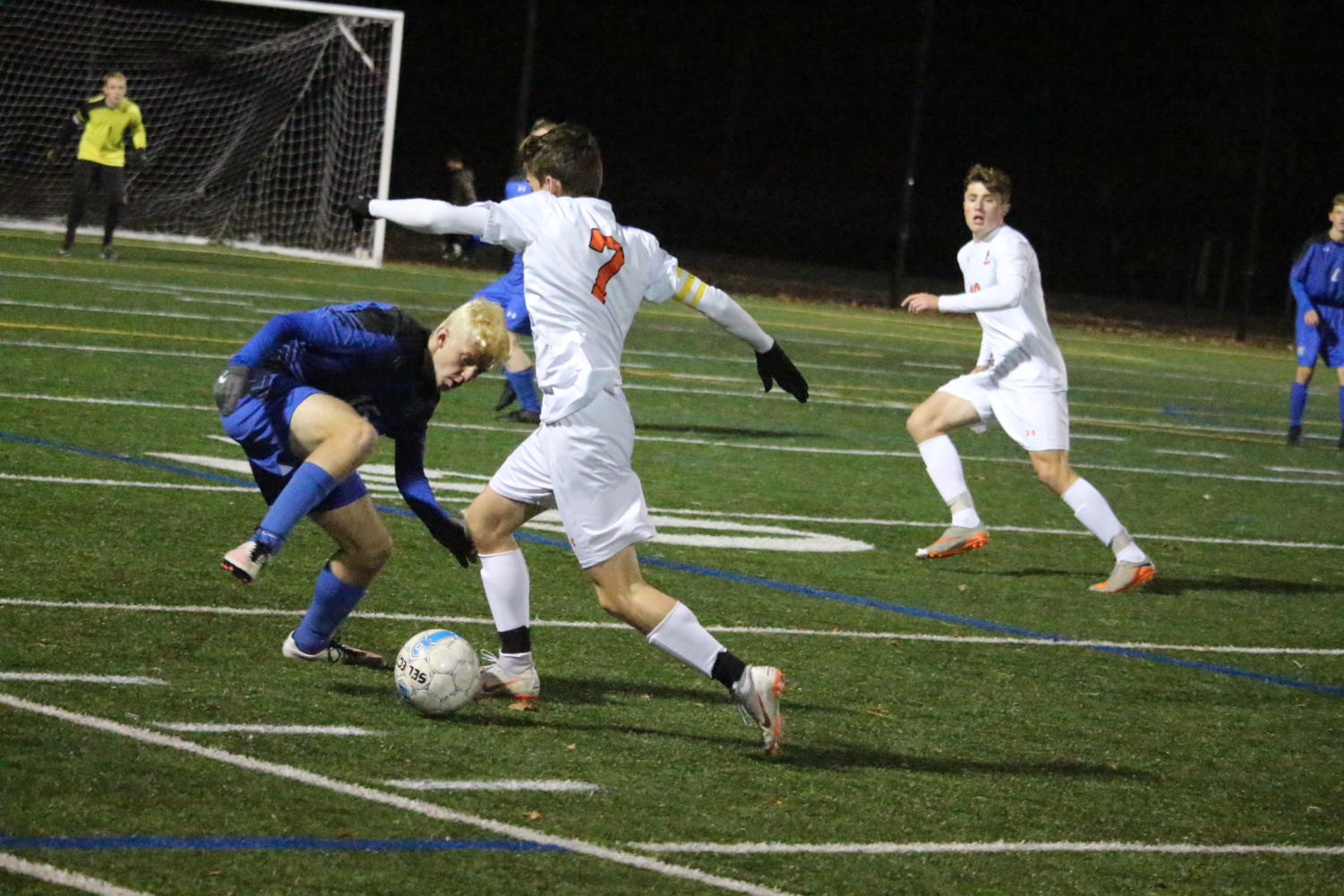 Senior+captain+Andrew+D%27Amico+makes+a+move+on+a+Bedford+defender.