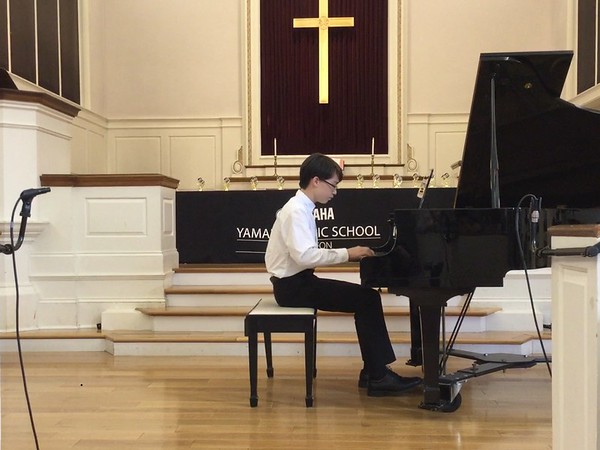 Freshman Keita Williams performed at the Junior Original Concert for Yamaha 2018 and  played his own composed music to the audience.