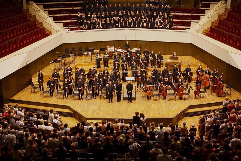 Pictured is the Boston Youth Symphony Orchestras, the Gewandhaus Youth Choir, and the Leipzig Opera Youth Choir at the end of the final concert on tour.