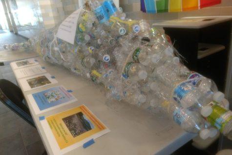 Green Team accrues 300 signatures for plastic ban petition