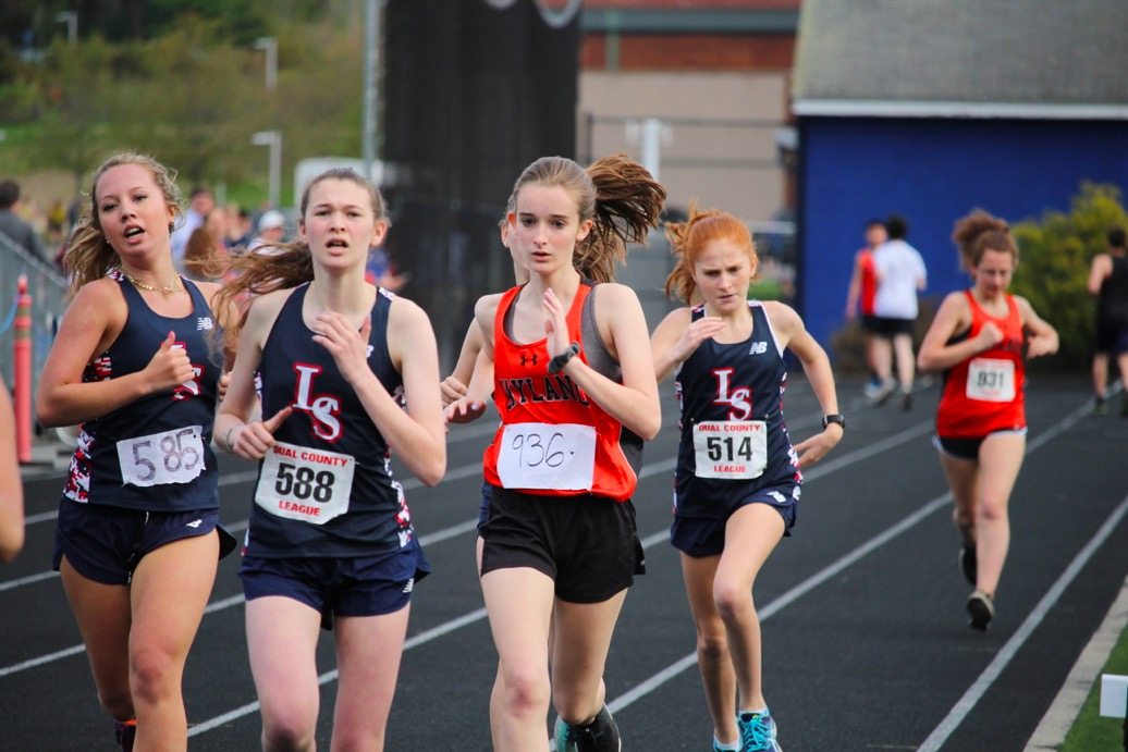 Sophomore+Anna+Walsh+competes+against+LS+opponents+in+her+event.
