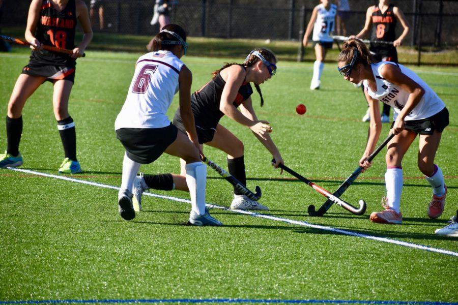 Field hockey defeats Weston 1-0 (11 photos)