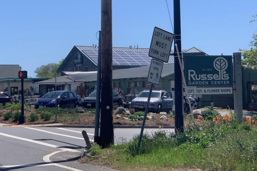 Russell%27s+Garden+Center+in+Wayland+has+officially+reopened+after+being+deemed+essential+on+April+29.%0A%0A%E2%80%9CWe+appreciate+all+of+the+customers+who+supported+us+by+visiting+when+we+opened%2C+buying+gift+cards+from+our+website+and+understanding+when+certain+items+were+not+available%2C%E2%80%9D+President+and+VP+of+Marketing+at+Russell%27s+Elizabeth+Russell-Skehan+said.%0A