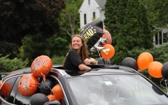 Navigation to Story: Senior rolling rally: A final goodbye (68 Photos)