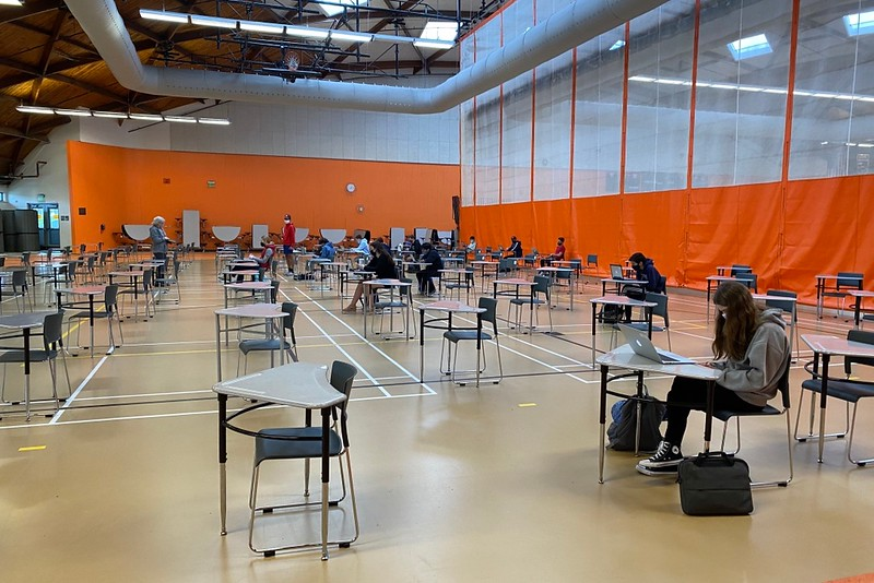 Freshman attend their first period study hall in the field house. This year, due to COVID-19, they have the option to stay at home during a first or last block free.